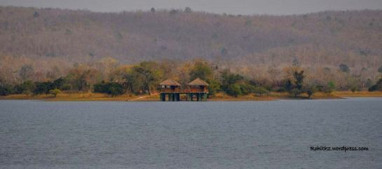 Cottages in Laknavaram island