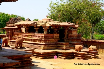Kateswara Shrine is not in use but the Nandi idol is beautiful