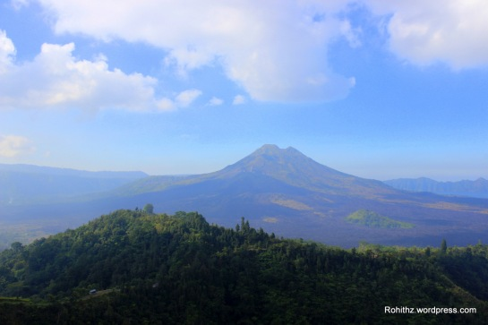 Wallpaper capture of Mt.Batur, Bali