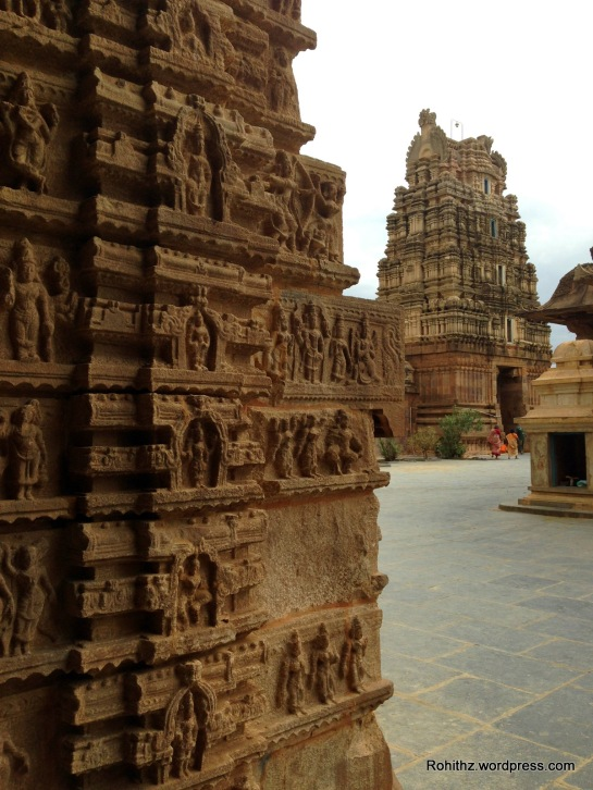 Look at those richly displayed intricate carvings..