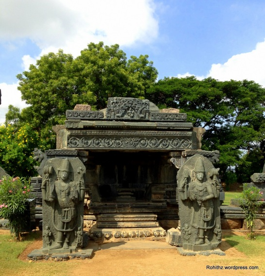 Linga shrine: The linga is placed on a platform whose moulded base has a continuous procession of hamsas. Above this is a row of yalis and finally a row of lotuses and swans