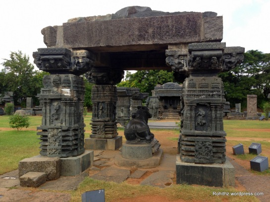 Nandi Idol stands as one of the special attractions in this fort.
