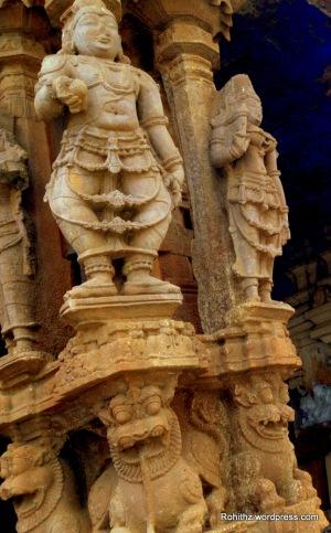 Statues of Vontudu & Mittudu