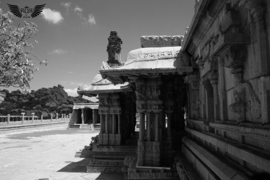 Maha-Mantapa-- The main highlight of this Mantapa is its richly carved giant monolithic pillars