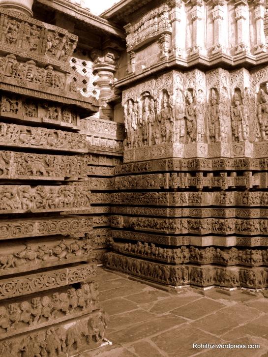 Hoysaleswara temple, Halebid (1)