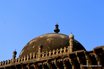 he most beautiful feature is the dome of this building which is highly proportionate