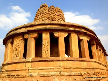 Iphone aihole (17)