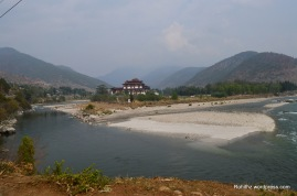 "It is beautifully situated between the convergence of Phochu and Mochu Rivers ( ""male"" and ""female"" rivers)"